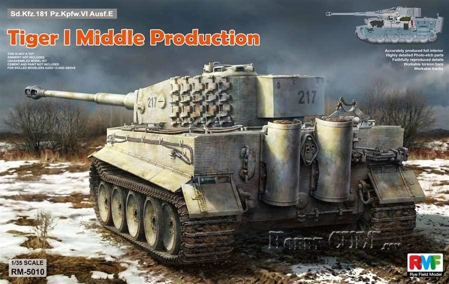1:35 Sd.Kfz.181 Tiger Ausf.E (Middle) w/Full Interior (PreOrder)